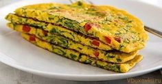 Vegan omelet without eggs from chickpea flour / .- Vegan omelet without eggs from chickpea flour / Vegetarian and vegan recipes - Vegan Breakfast Recipes, Delicious Vegan Recipes, Raw Food Recipes, Vegetarian Recipes, Healthy Recipes, Bone In Chicken Recipes, Seafood Appetizers, Going Vegan, Food And Drink