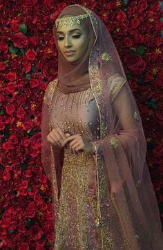 Hijabi Wedding, Wedding Hijab Styles, Disney Wedding Dresses, Muslim Brides, Pakistani Wedding Dresses, Bridal Dresses, Bridal Hijab, Pakistani Bridal Wear, Indian Bridal