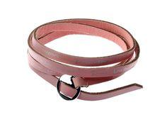 Bracelet cuir rose longeur 92 cm metal rodhium http://www.majiquejewellery.fr/summer-2014-collection/bracelets/bmb140035-65222.aspx