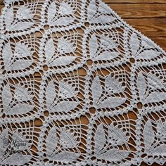 Virkad Fjärilssjal / Butterfly Shawl pattern by Made By Chippzan Crochet Borders, Crochet Stitches Patterns, Crochet Chart, Thread Crochet, Baby Knitting Patterns, Crochet Motif, Crochet Lace, Crochet Curtains, Crochet Collar