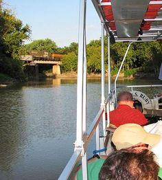 River Keepers in #Fargo Moorhead--Guided Red River pontoon rides are an affordable way to enjoy the outdoors in the city. #NorthDakota