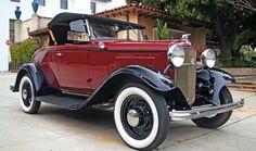 1932 Ford Model B V8 Roadster De Luxe.