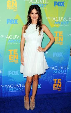 Rachel Bilson Pairs Flirty Chloé With Edgy Brian Atwood at the Teen Choice Awards! Rachel Bilson, Teen Choice Awards, Chloe Dress, Dress Up, Silk Dress, Celebrity Dresses, Celebrity Style, Spring Fashion, Autumn Fashion