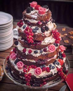 Nakedcake weddingcake weddinghappiness taste the love