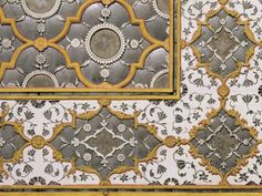 Detail of fine mirror and plaster work in the Sheesh (Glass) Mahal,the City Palace Jaipur, Rajasthan, India