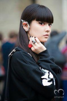 kozue akimoto. makeup, accessories, bangs.