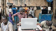 #Innovación Solo ante la escasez de medios surgen las mejores ideas. #TheTéléchargeurs ¡muy jefes!
