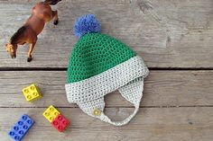 Toddler Earflap Hat by lihie katziry