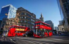 London transport chiefs are a 'disgrace' say bus drivers Uk Housing, Photo Café, Busa, London Bus, London Transport, Things To Do In London, Vacation Deals, California, Covent Garden