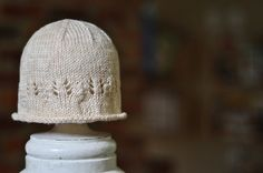 knitted newborn hat with a touch of lace by GSheller Baby Hats Knitting, Knitting For Kids, Lace Knitting, Knitting Projects, Knitted Hats, Knitting Patterns, Knit Or Crochet, Crochet Hats, Newborn Beanie