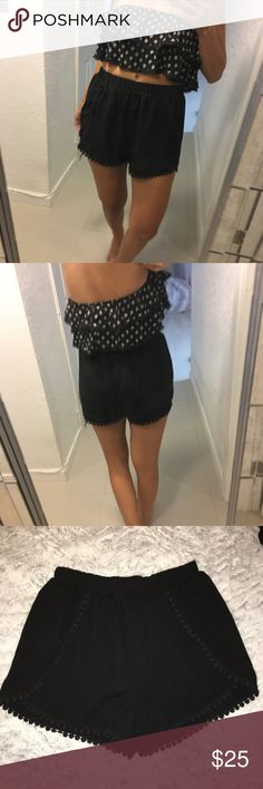 Woven black shorts size M - New Woven black shorts size M - New with Tag. Client is wearing M size. Zara Shorts Skorts