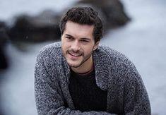 Turkish Beauty, Turkish Actors, Travelogue, True Love, Actors & Actresses, My Books, It Cast, Men Sweater, Handsome