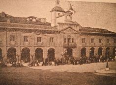 Ayuntamiento de Avilés en el año 1900, Asturias #Spain
