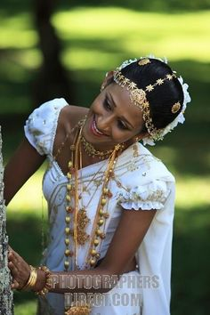 Sri Lanka traditional wedding ... Beautiful!