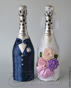"""Украшение шампанского """"Жених и невеста с розами"""" - шампанское,свадебное шампанское Bottle Candles, Bottles And Jars, Glass Bottles, Decorated Wine Glasses, Painted Wine Glasses, Decorated Bottles, Wedding Bottles, Wedding Glasses, Wine Bottle Art"""