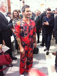 Marc Jacobs before the Louis Vuitton Show #FashionWeek de #Paris : Homme Printemps-Eté 2014 - #Fashion #Mode #Défilé #Catwalk #Outfits - More news here: www.parismodes.tv