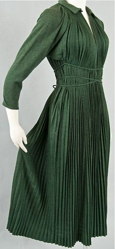 1940's Claire McCardell Pleated Jersey Dress