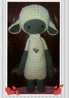 *Ons Meisjes Lammetje*  made by Ria Claassen /  chrochet pattern by Lalylala