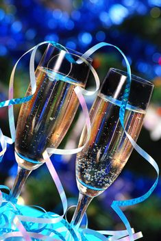 8 fabulous New Year's Champagne Cocktail Recipes