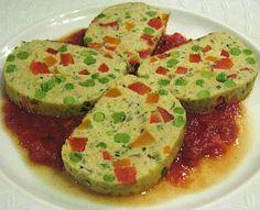 Chicken and Vegetable Loaf with Tomato and Basil Sauce - Domates ve Fesleğenli Sos Eşliğinde Sebzeli Tavuk Köftesi - Polpettone di Pollo e Verdure con Salsa al Pomodoro e Basilico