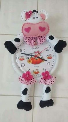 You can start at the pace you want and receive support during the course of the process, finally you will enjoy greater flexibility and economic freedom. Felt Crafts, Diy And Crafts, Arts And Crafts, Christmas Clock, Smart Home Technology, Felt Flowers, Kids Room, Sewing Projects, Happy Photography
