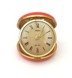 vintage-travel-alarm-clock