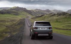 Land Rover Discovery Sport wallpaper.