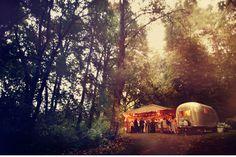 camping shelter + trailer.