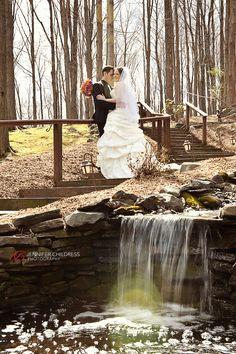 Jennifer Childress Photography | Stroudsmoor Country Inn | Wedding | Stroudsburg, PA | Woodland Chapel | Woodsgate | Bride and Groom www.jennchildress.com