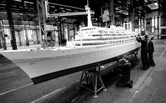Family Vacations Aboard a Cruise Ship Cruise Ship Models, Cruise Ships, Rotterdam, Royal Cruise, Scale Model Ships, Model Ship Building, Disney Ships, Holland America Line, Love Boat