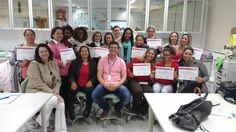 Sebrae-SP forma primeira turma do Projeto Super MEI em Botucatu - Dezenove mulheres fizeram o curso de design de sobrancelhas no Senac  Dezenove mulheres fizeram parte da primeira turma do programa Super MEI, em Botucatu. O curso de design de sobrancelhas ocorreu de 23 de setembro a 3 de outubro, no Senac. O programa do Sebrae-SP é voltado para  - http://acontecebotucatu.com.br/geral/sebrae-sp-forma-primeira-turma-do-projeto-super-mei-em-botucatu/