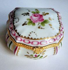 Antique Vintage Limoges Porcelain Ceramic Pill box Hand painted Rose