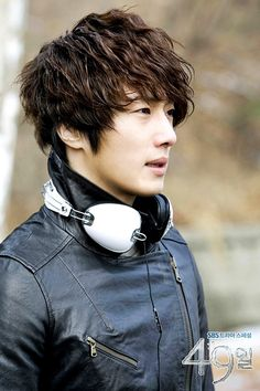 49 Days (Korean Drama) :: Now if all Grim Reapers... ahem... I mean SCHEDULERS looked like Jung Il Woo it would definitely dull the pain :D