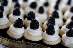 blackberry lemon mini cupcakes