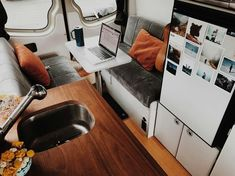 For anyone who wants to be a digital nomad, this article has the perfect vanlife organization ideas and hacks for a DIY campervan build. Lot's of mobile office ideas and some cool jobs I didn't know you could do in a campervan! Van Conversion Interior, Camper Van Conversion Diy, Camper Life, Diy Camper, Commercial Van, Sprinter Van Conversion, Caravan Renovation, Sprinter Camper, Mobile Office