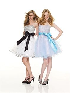 Strapless Sweetheart Neckline with Beadings and Bow Short Tulle Homecoming Dress HD1788 www.homecomingstore.com $136.0000