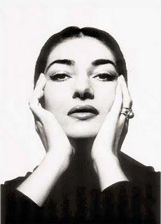 a melhor de todos os tempos, imortal! → Greek soprano Maria Callas in 1957 Photographed by Cecil Beaton