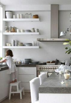 White kitchen~