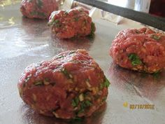 Paleo Meatballs Good basic meatball recipe. I cooked mine more like 30 minutes. I added minced garlic, garlic powder, some oregano. Could do more spices, and more salt.