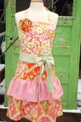 Apronicity™ ...everything aprons on the net and in your city