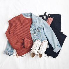 Source by tween outfits winter Teenage Girl Outfits, Cute Comfy Outfits, Cute Outfits For School, Teen Fashion Outfits, Cute Casual Outfits, Teenager Outfits, Mode Outfits, Retro Outfits, Fashion Kids