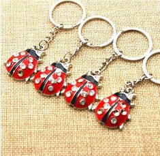 shape animal red black key chains – specialnecklaces