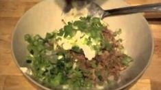 Easy Recipes For College Students Easy Dinner Video – Dinner Recipes Easy Recipes For College Students, Easy College Meals, Easy Meals, College Recipes, Raw Food Recipes, Dinner Recipes, Cooking Recipes, Simple Recipes, Kinds Of Vegetables