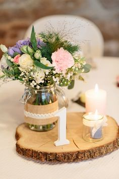 Brisbane Wedding Planner: Hope and Lace shares her tips for a beautifully styled wedding. Vintage Furniture Wedding, Vintage Centerpieces, Wedding Centrepieces, Homemade Lemonade Recipes, Vintage Birthday Parties, Julie, Burgundy Wedding, Sorbet, Birthday Decorations