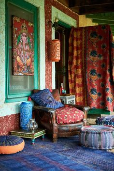 You can even make distinct color patterns for a variety of areas of your residence. This is to state, bohemian decor is about mixing, matching, coloring and smartly putting of . Read AMAZING BOHEMIAN STYLE HOME DECOR IDEAS Bohemian Style Home, Bohemian House, Bohemian Living, Boho Room, Modern Bohemian, Boho Hippie, Interior Flat, Interior Ideas, Deco Zen