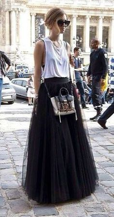 tulle maxi skirt...Can't get enough tulle in my life.