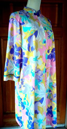 60s Nightgown Peignoir Short Nylon Cheongsam by caligodessvintage