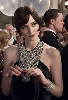 ~ Living a Beautiful Life ~ fashion style: bohemea: Elizabeth Debicki in The Great Gatsby That dress! Elizabeth Debicki as Jordan Baker - 2013 - The Great Gatsby - Costume Design by Catherine Martin - Director: Baz Luhrmann Look Gatsby, Jay Gatsby, Gatsby Theme, Gatsby Style, Gatsby Wedding, Gatsby Hair, Gatsby Dress, Great Gatsby Party Dress, Gatsby Outfit