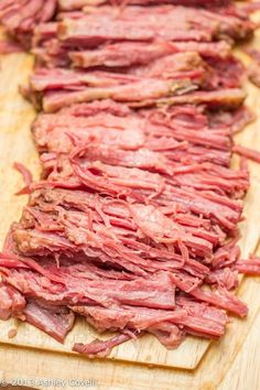 This simple Irish meal is made even easier with the help of the slow cooker, and it's the perfect excuse to buy a of Guinness! Great for St. Patrick's Day dinner. patricks day dinner crock pot Slow-Cooker Guinness Corned Beef and Cabbage Crock Pot Slow Cooker, Crock Pot Cooking, Slow Cooker Recipes, Crockpot Recipes, Cooking Recipes, Slow Cooker Corned Beef, Corn Beef And Cabbage, Irish Recipes, Beef Dishes