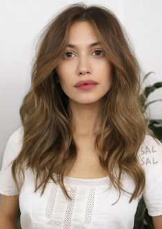 5c61f552263 51 Medium Hairstyles   Shoulder-Length Haircuts for Women in 2018 - Glowsly  Long Length